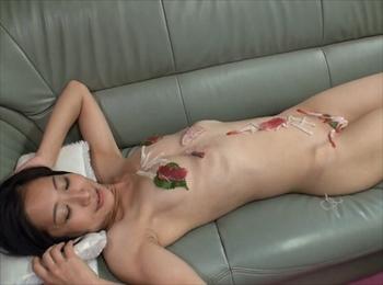 専業主婦をド変態メス豚調教!緊縛異物挿入に女体盛り、巨根ぶっ刺し3Pにアナル貫通で種付け完了 りん