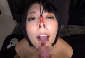豚鼻SEXに豚ヅラフェラ 素人娘の可愛い顔を鼻フックで豚鼻にさせて、恥ずかしフェラと羞恥SEX
